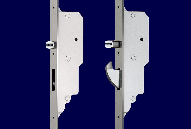Automatic multi-point locks