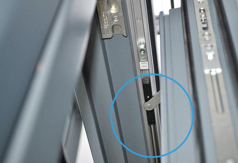 Tuersysteme Schiebetueren Parallel Schiebe Kipp Portal Psk 160 Comfort Verbindungsstab Gleiter
