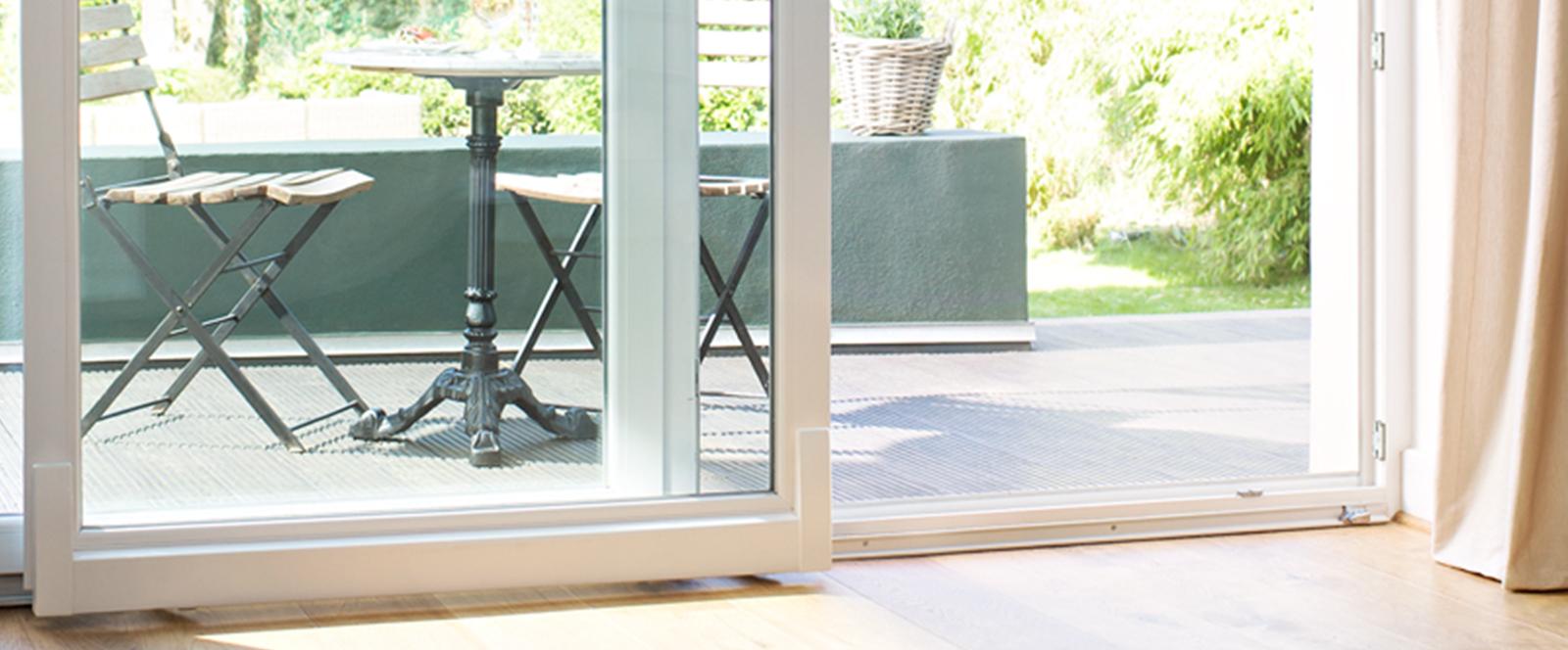 sliding doors. Black Bedroom Furniture Sets. Home Design Ideas